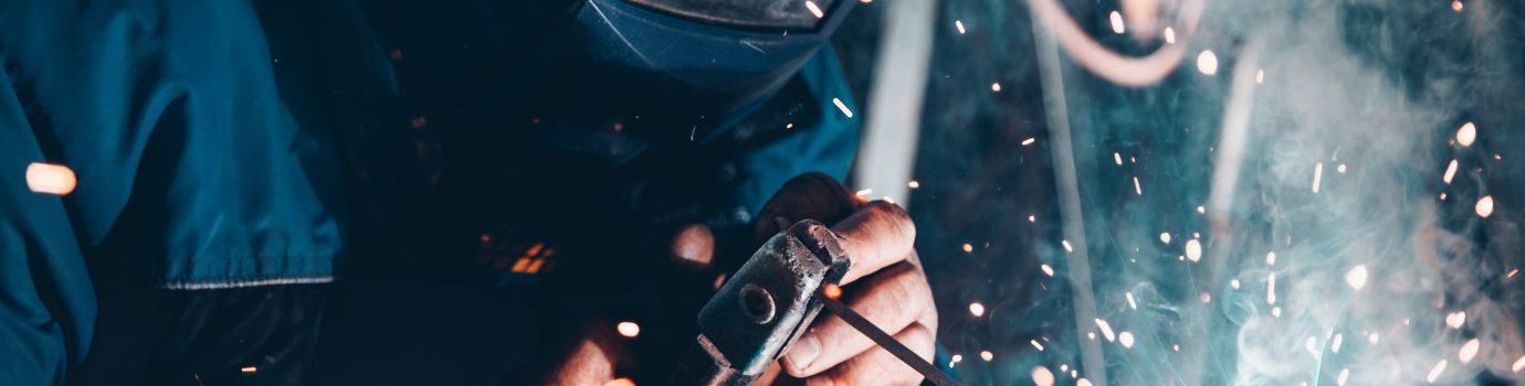 Elektrody i druty spawalnicze, narzędzia elektryczne i ręczne